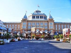 1024px-Den_haag_Kurhaus_Hotel